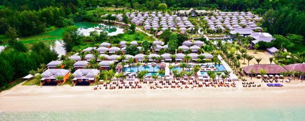 Beyond-Resort-Khaolak